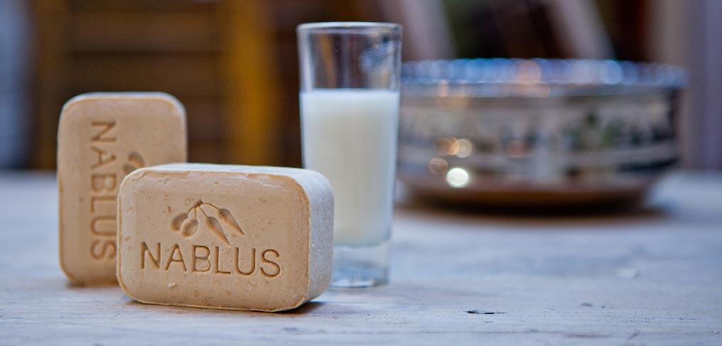 http://www.nablussoap.eu/wp-content/uploads/2012/01/Nablus-milk-a.jpg